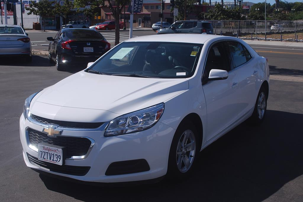 Pre-Owned 2016 Chevrolet Malibu Limited LT Sedan 4D