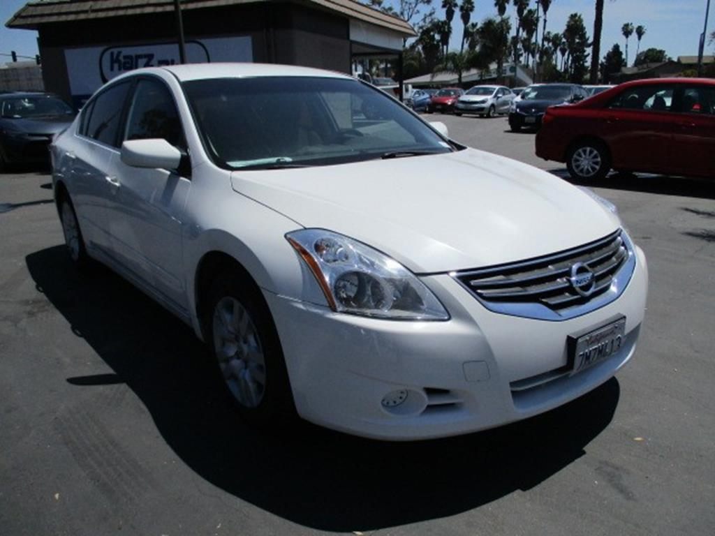 Pre-Owned 2012 Nissan Altima 2.5 Sedan 4D