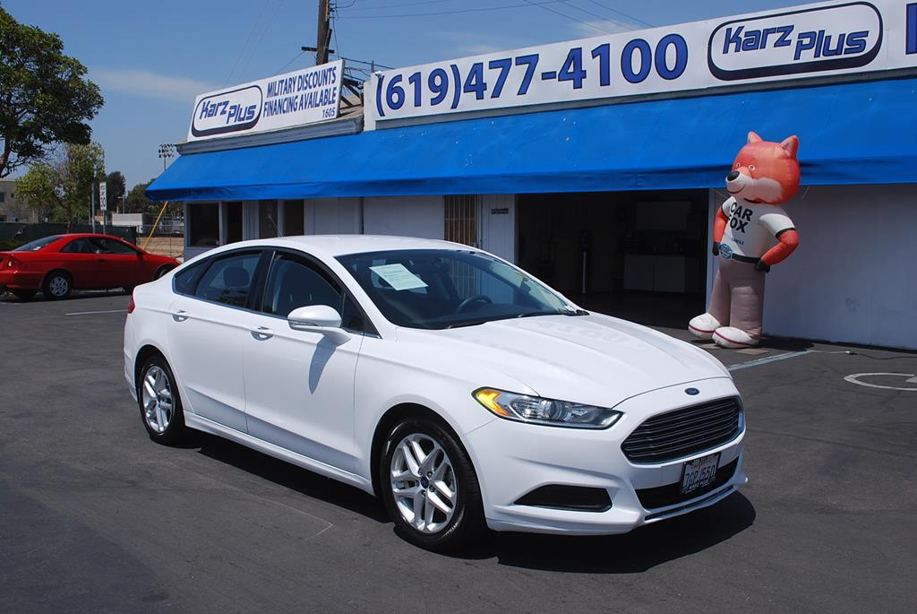 Pre-Owned 2015 Ford Fusion SE Sedan 4D
