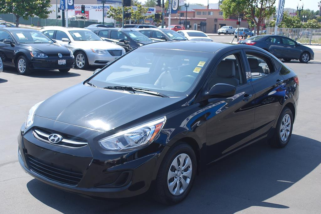 Pre-Owned 2016 Hyundai Accent SE Sedan 4D