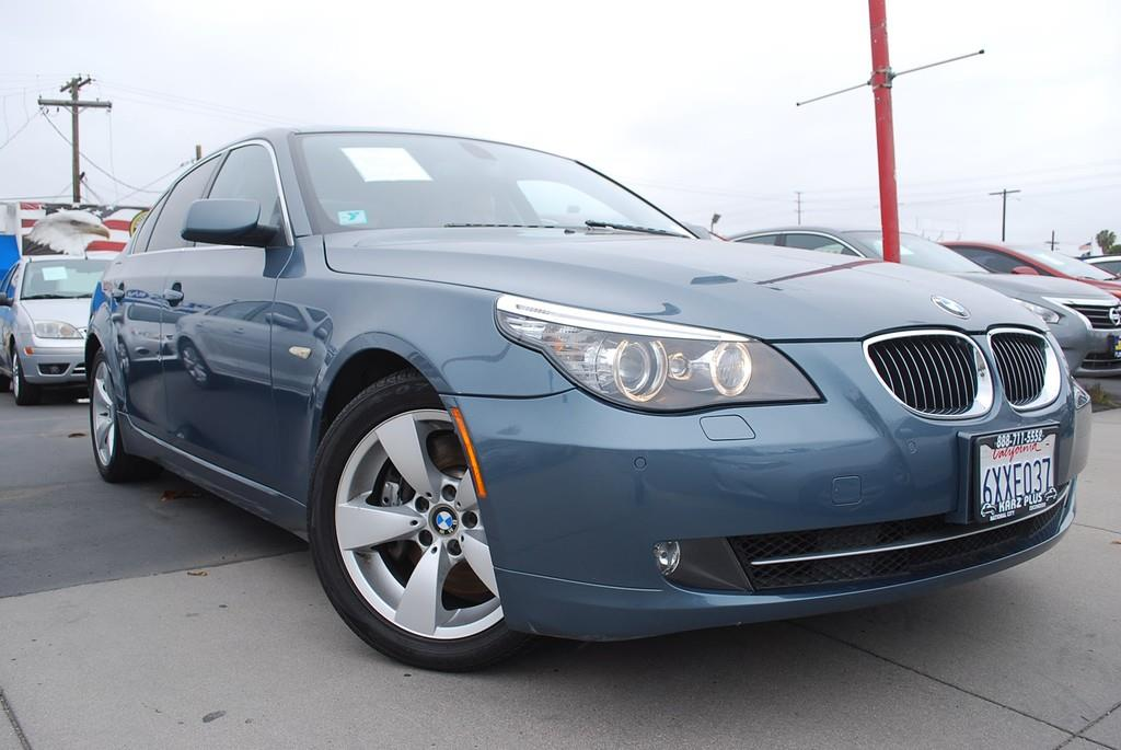 Pre-Owned 2010 BMW 5 Series 550i Sedan 4D