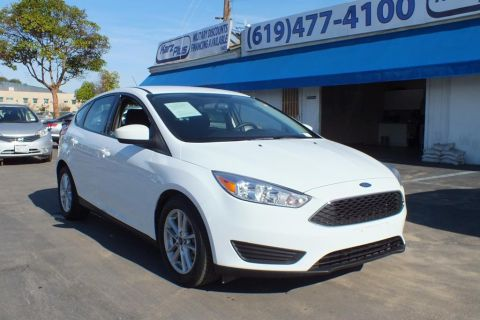 Pre-Owned 2018 Ford Focus SE Hatchback 4D