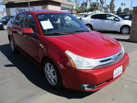 Pre-Owned 2009 Ford Focus SES Sedan 4D