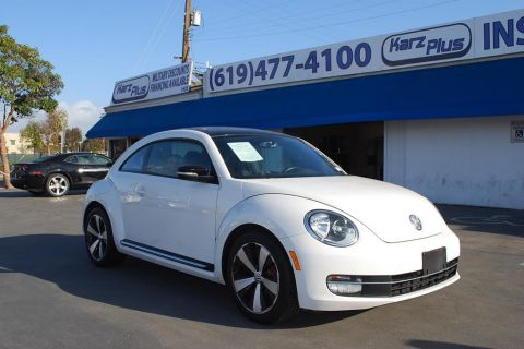 Pre-Owned 2012 Volkswagen Beetle 2.0T Turbo Hatchback