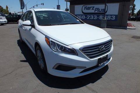 Pre-Owned 2017 Hyundai Sonata Sedan 4D